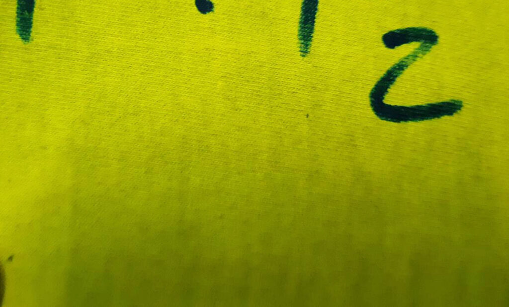 สกรีนเสื้อ สีกัด